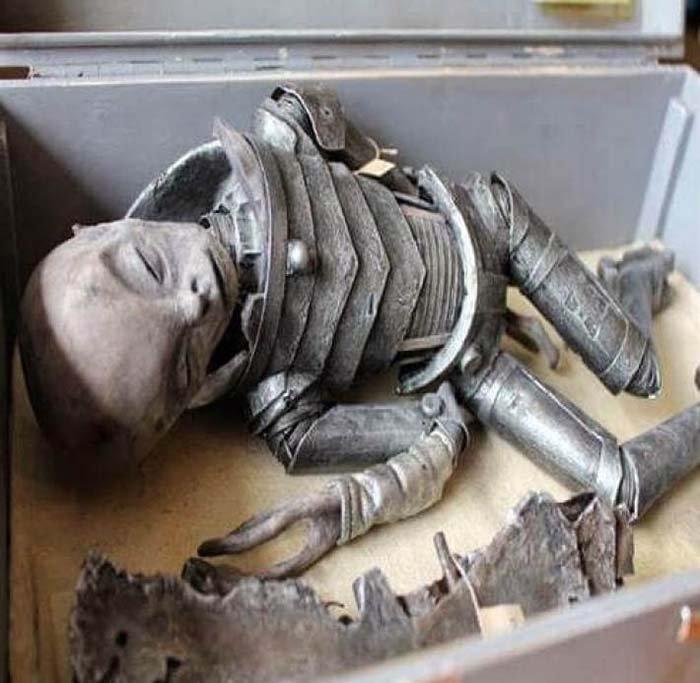 corpo alieno intatto 2