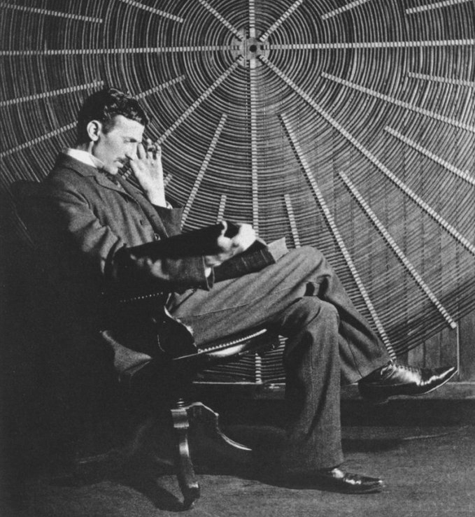 Nikola Tesla il Philadelphia Experiment e Alieni
