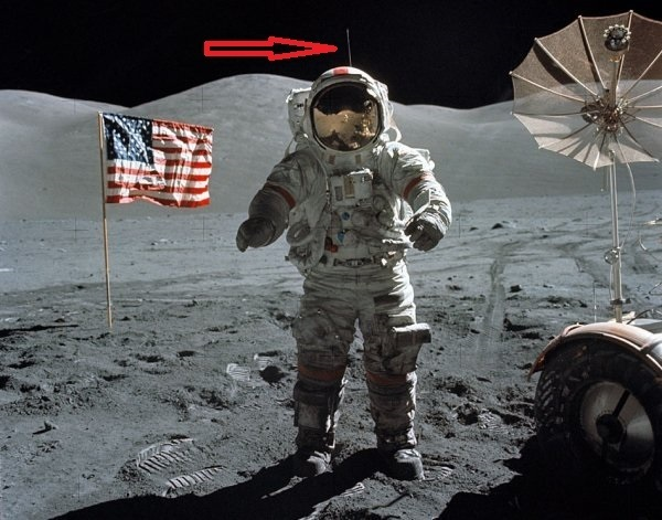 cavi di sostegno dell'astronauta