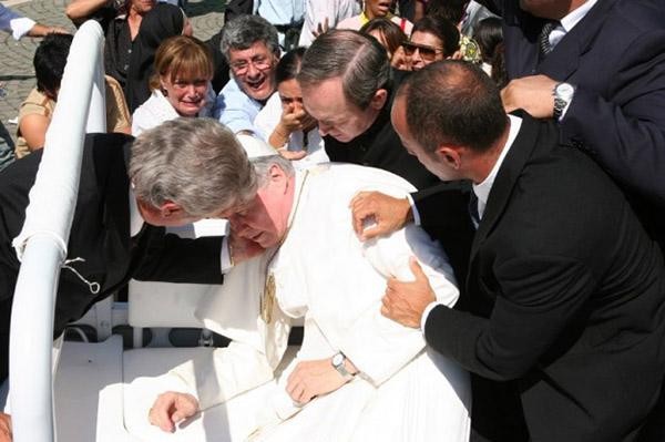 Papa Giovanni Paolo II il 13 Maggio 1981