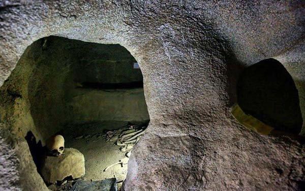 Gli esperti ritengono che ci sono camere più nascoste.