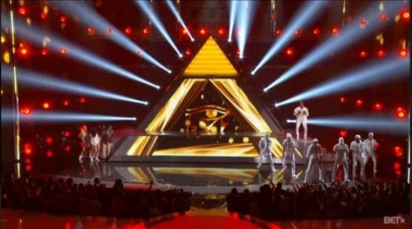 Chris Brown ai BET Awards