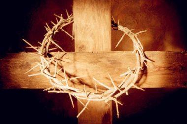 Vangelo di Pietro! Gesù è stato tirato giù vivo dalla Croce!