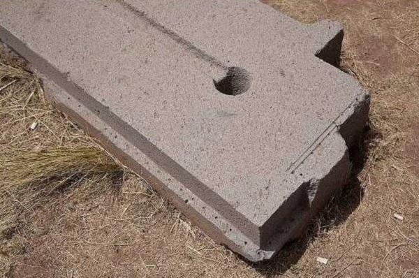 PumaPunku foro nella pietra