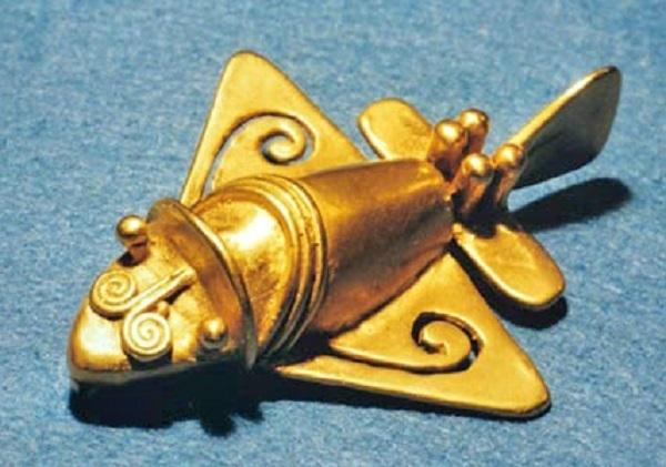 Statuetta di Quimbaya in oro