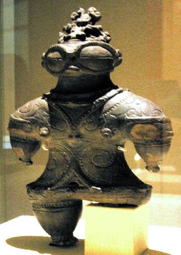 statuetta Jomon dogu