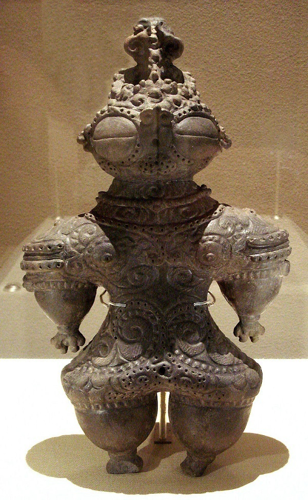 statuetta dogu