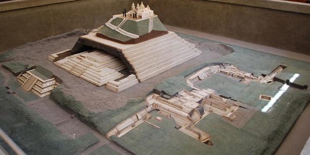 Modello della Grande Piramide di Cholula