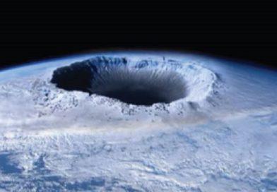 Un foro gigante e misterioso si è aperto in Antartide