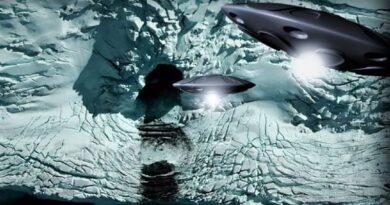 """Una """"porta"""" si apre in Antartide e riaccende tutti i tipi di teorie"""