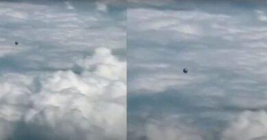 UFO ripreso dalla cabina di pilotaggio di un aereo commerciale