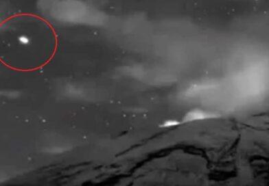 Avvistato UFO uscire da uno dei più grandi vulcani del Messico